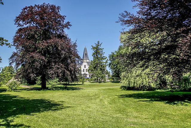 Herrenhaus und Parkanlage, Hof Tremsbüttel